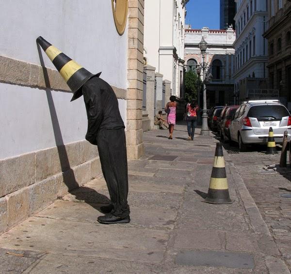 Признанный тролль в мире искусства