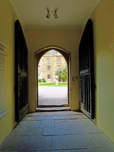 Balliol, Library Passage, doors on Broad Street, Latimer, Ridley, burned