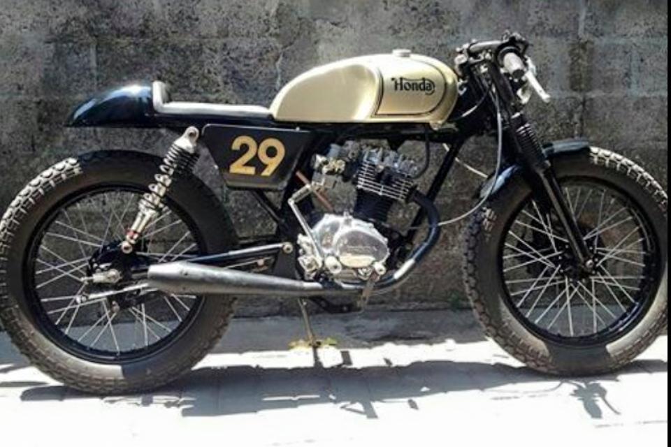 Honda CB 100 Custom Caferacer