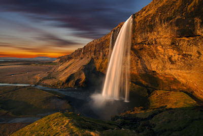 Cascadas Seljalandsfoss en Islandia - Iceland Waterfalls