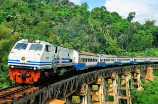 Backpacker Naik Kereta Bawah Tanah Yang Ada Di Dunia - MizTia Respect