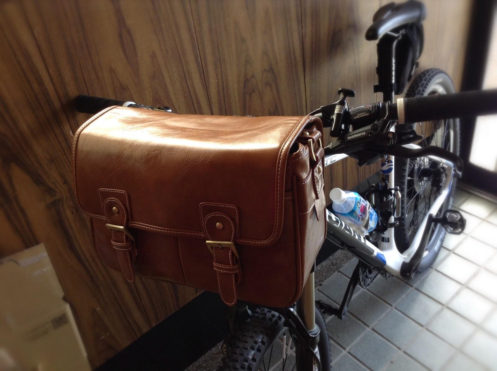 自転車の 自転車 フロント カメラバッグ : お遊び: 自転車にカメラバッグ ...