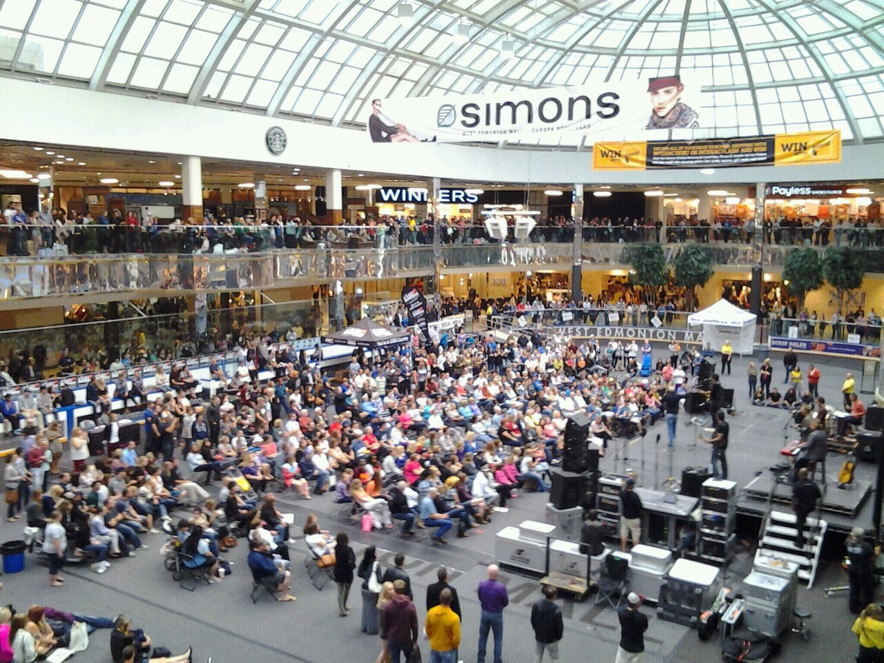 West Edmonton Mall skating rink ice palace concert