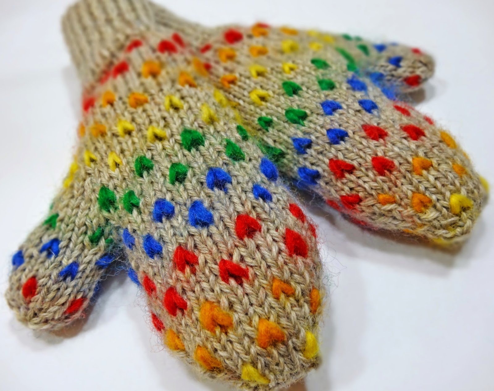 Knitting Pattern For Thrum Mittens : ...Knitting Up A Storm: FO: Rainbow Thrummed Mittens