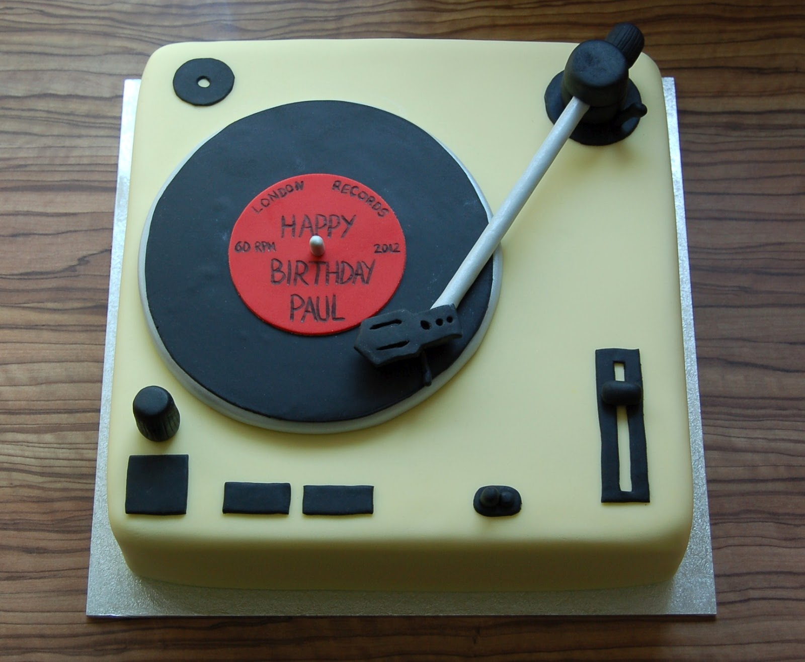 Brighton Baker: Record deck cake - happy 60th birthday Paul!