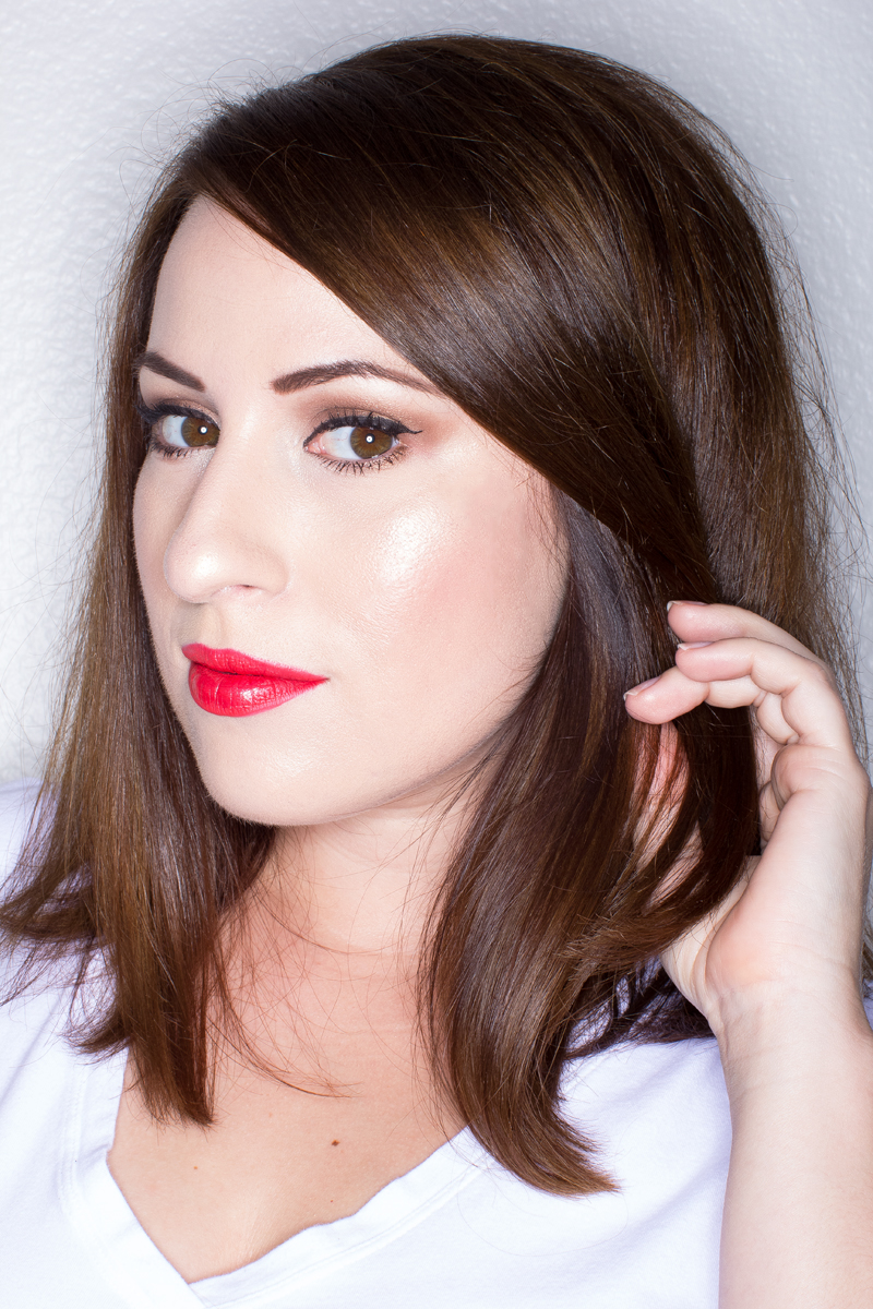 bright summer lipstick