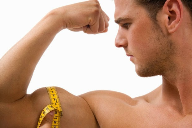 Razones por las que su bíceps no está creciendo