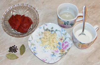 ingrediente pentru chiftelute marinate, retete culinare, retete de mancare, retete chiftele cu sos, chiftele, chiftelute, cum se face chiftelele marinate,