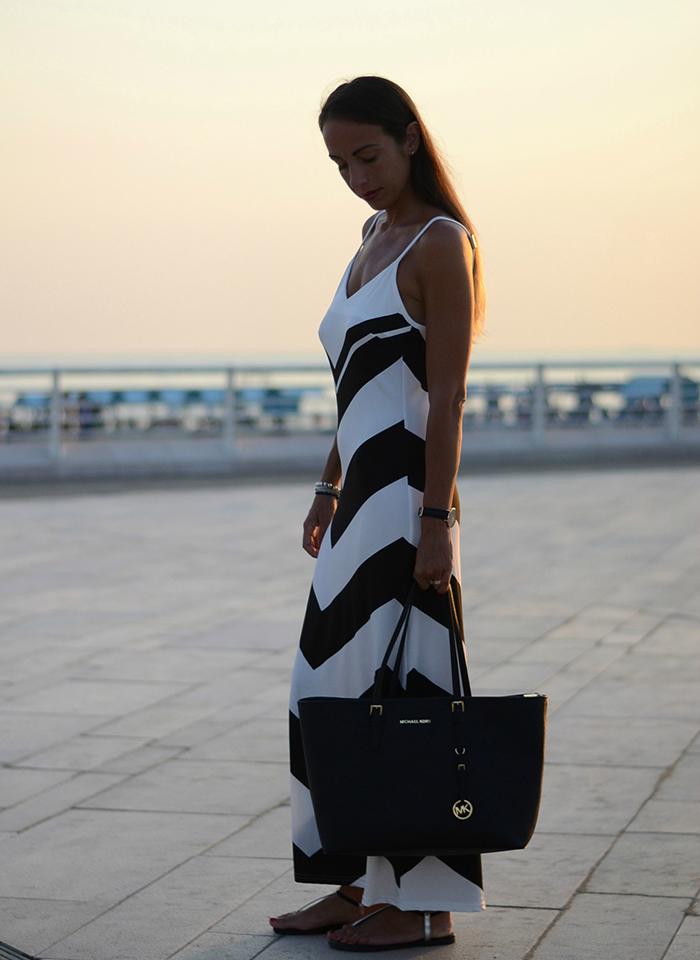 abito lungo bianco nero