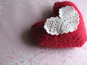 Happy Heart Day! A knitted heart pattern from Zibeline Knits