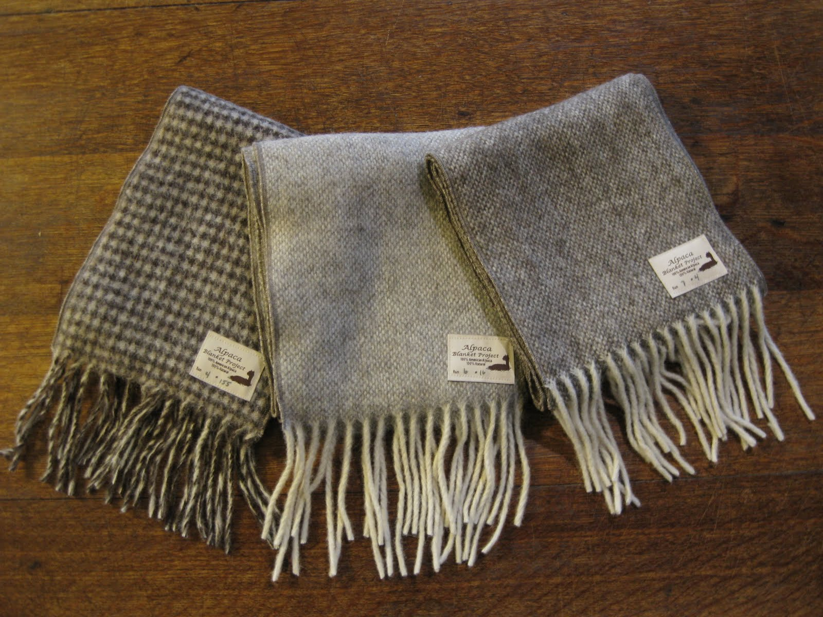 alpaca blanket project Bestselling authentic wholesale alpaca products hats, gloves, scarves, apparel and blankets there are many fake and inauthentic alpaca products on the internet and.