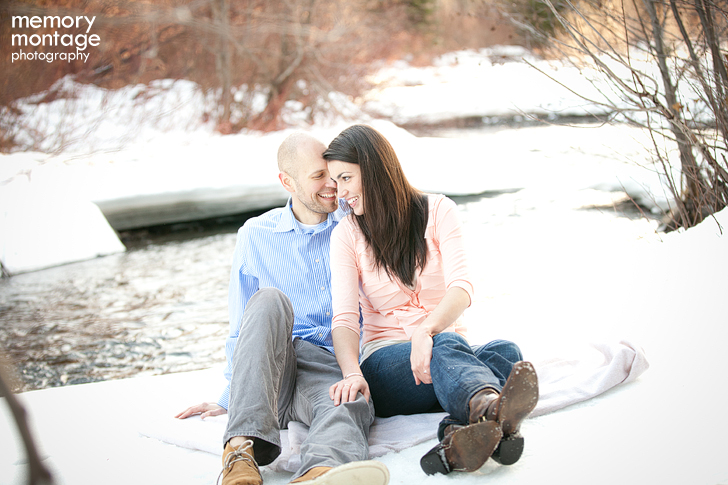 yakima engagement photo in snow