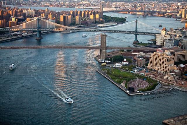 Brooklyn Bridge in New York City, US