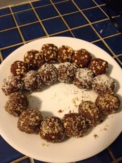 clean eating snack ideas, no bake shakeology balls