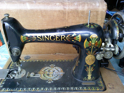 Frugal Stitches 40 Singer 40 W Lotus Decals Interesting Lotus Singer Sewing Machine