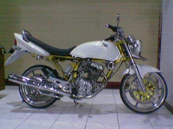Variasi Motor Megapro 2005  tahun ini
