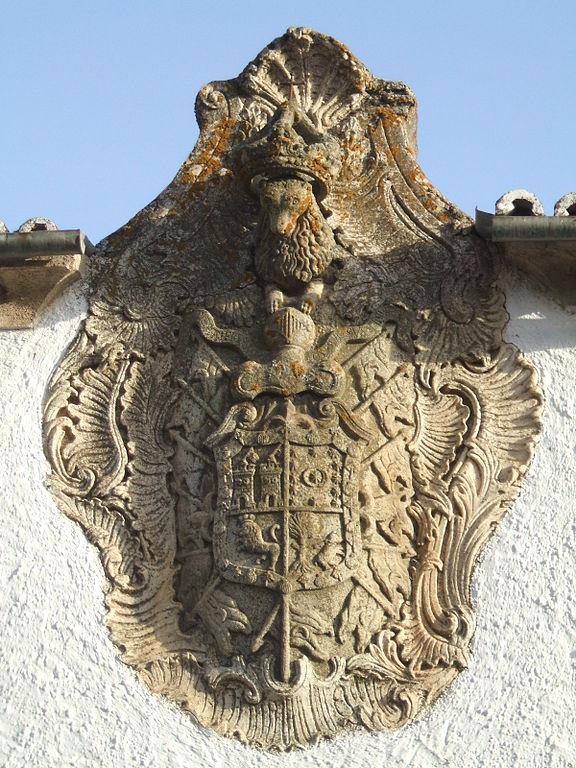 Escudo Tejada en Navas del Madroño