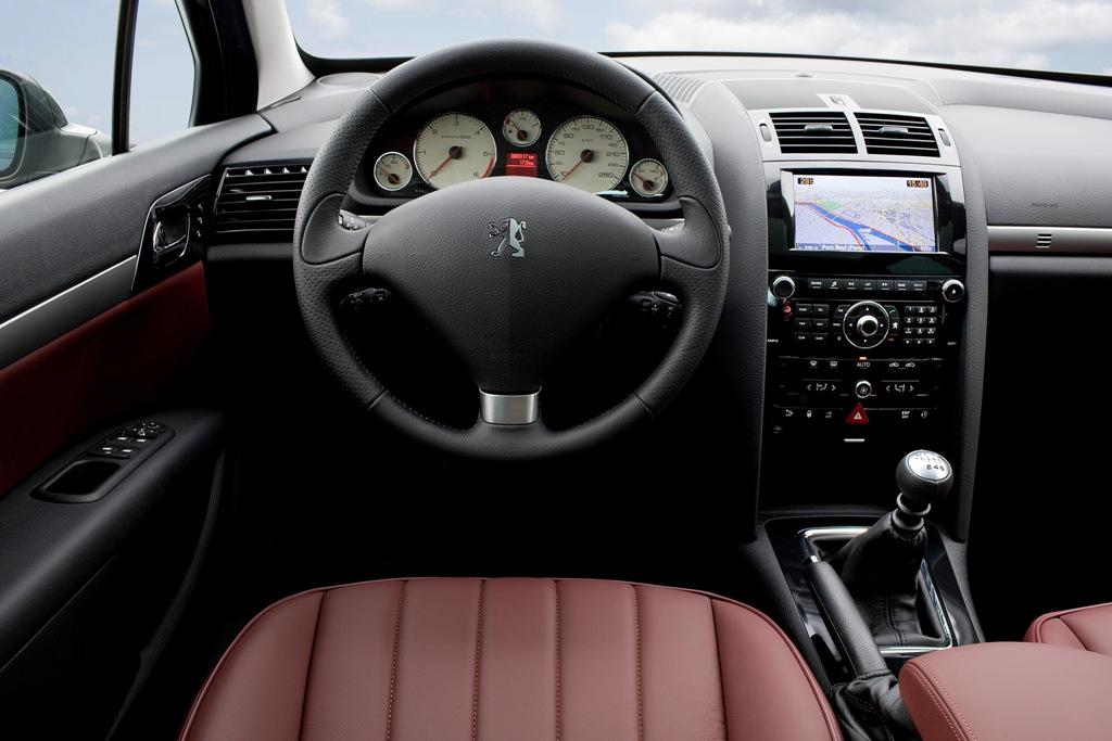 Love car world for Interior 407 coupe