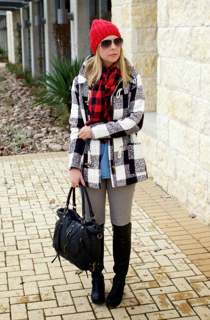 winter outfit idea with gray jeans and plaid