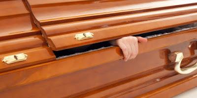 Empat Orang Ini Mengaku Bisa Menghidupkan Kembali Orang Mati