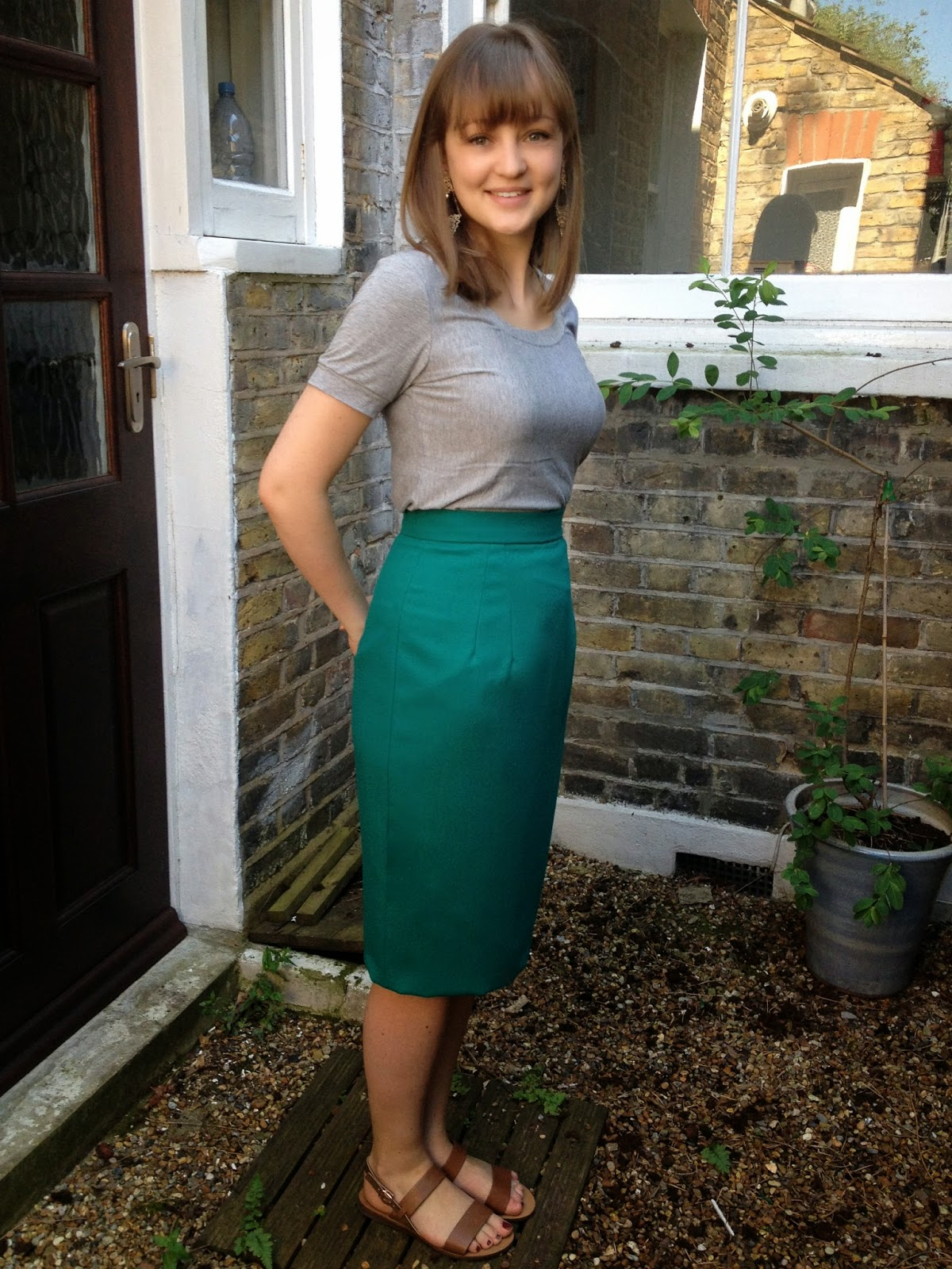 Diary of a Chainstitcher: Emerald Green Wool Crepe Charlotte Pencil Skirt with Kick Pleat