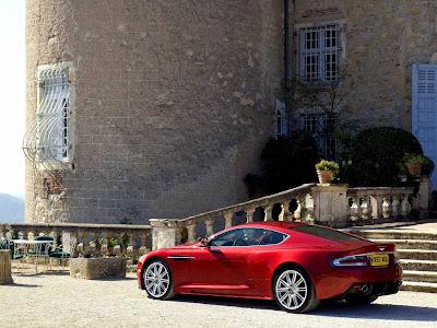 Aston Martin DBS Standard Resolution Wallpaper 5