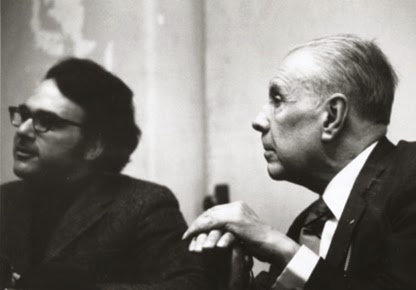 borges autobiographical essay The authors we discover when young typically retain their magic throughout our lives to this day, for example, i will read just about anything by or about vladimir nabokov, samuel beckett and jorge luis borges during the 1960s and '70s, they were the most admired, and certainly among the most.