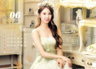 SNSD Seohyun Desk Calendar 2013 2