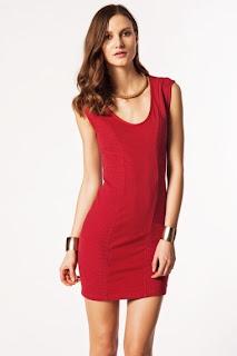 kısa kırmızı elbise modeli
