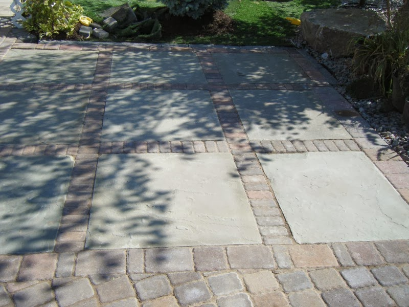 Custom stoneworks design inc flagstone bluestone mixed for Mixing brick and stone