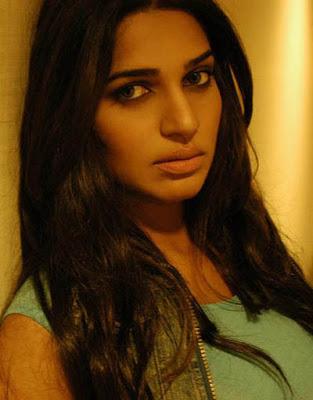 nadia ali pakistani pop singer hot photoshoot