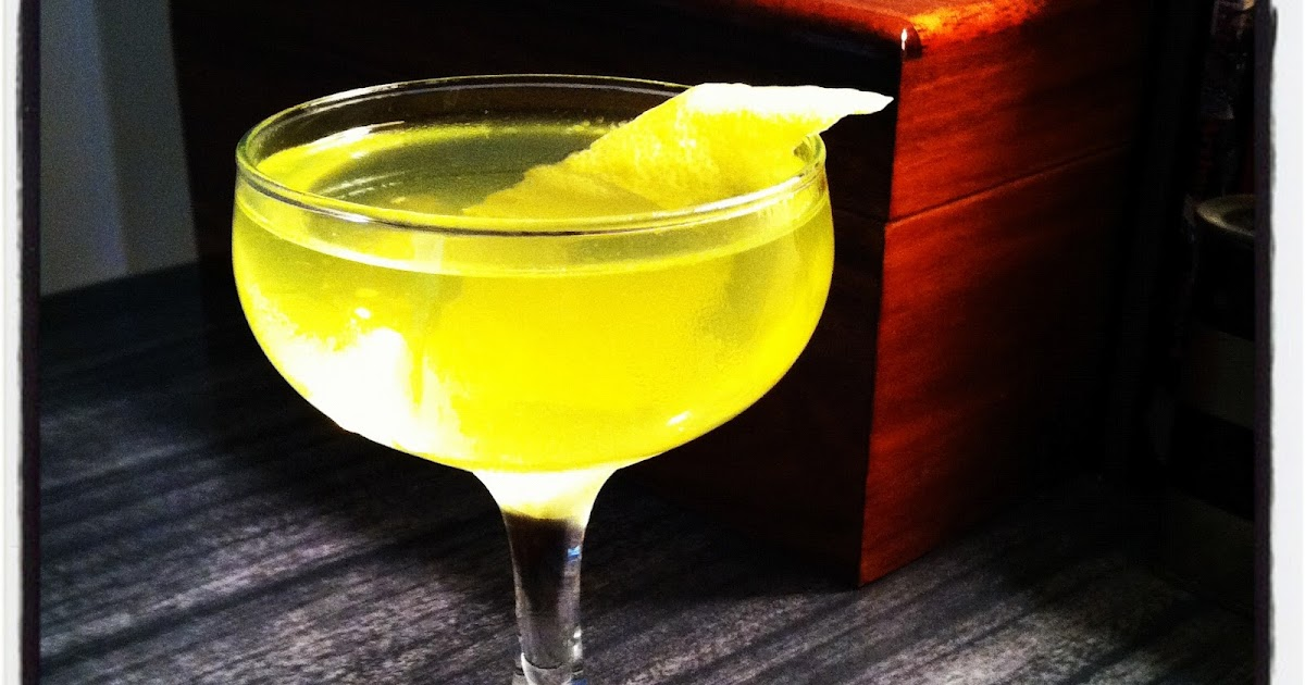 LOUNGERATI: What We're Drinking: The Negroni Bianco