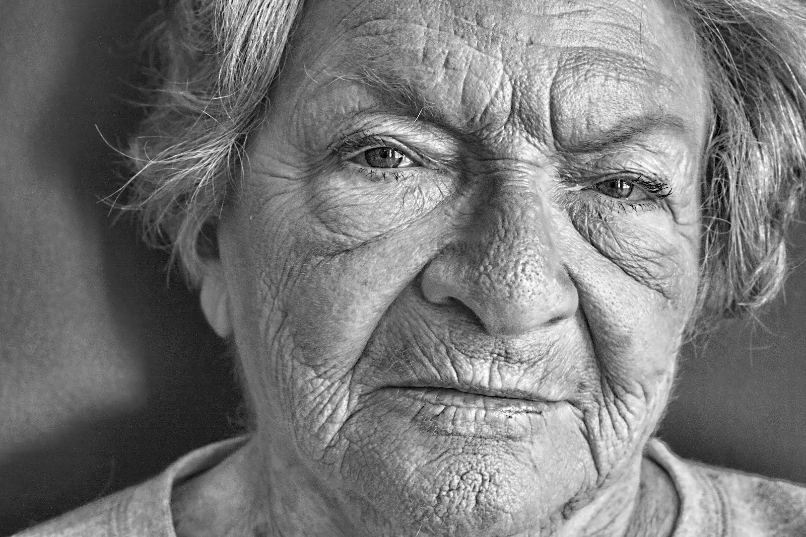 Diana's Photography Journey: Old Women (Black and White)