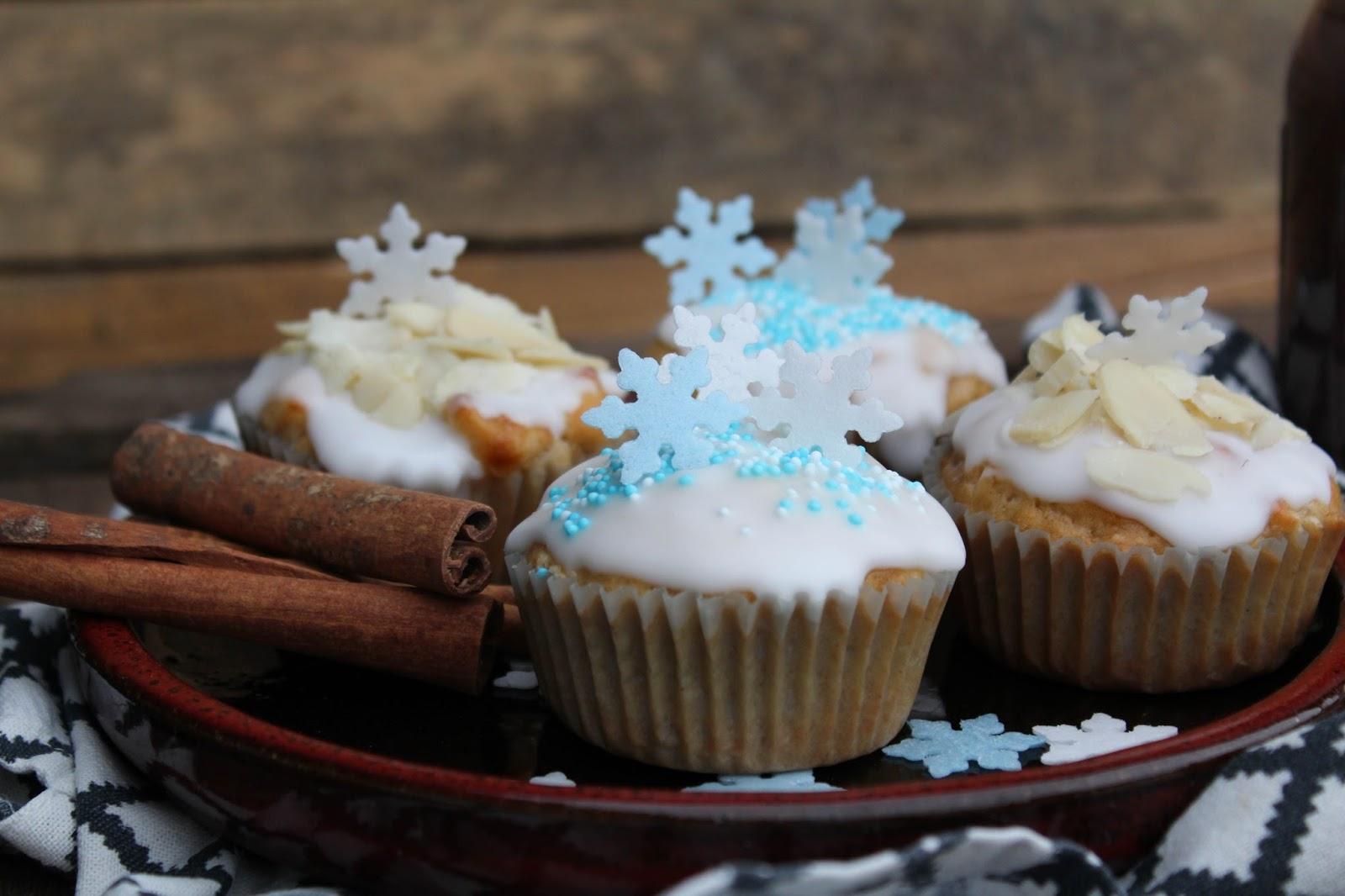 winterliche apfel mandel muffins mit zimt hei e zimt schokolade victoria 39 s little secrets. Black Bedroom Furniture Sets. Home Design Ideas