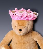 http://www.ravelry.com/patterns/library/princess-or-prince-crown-accessory