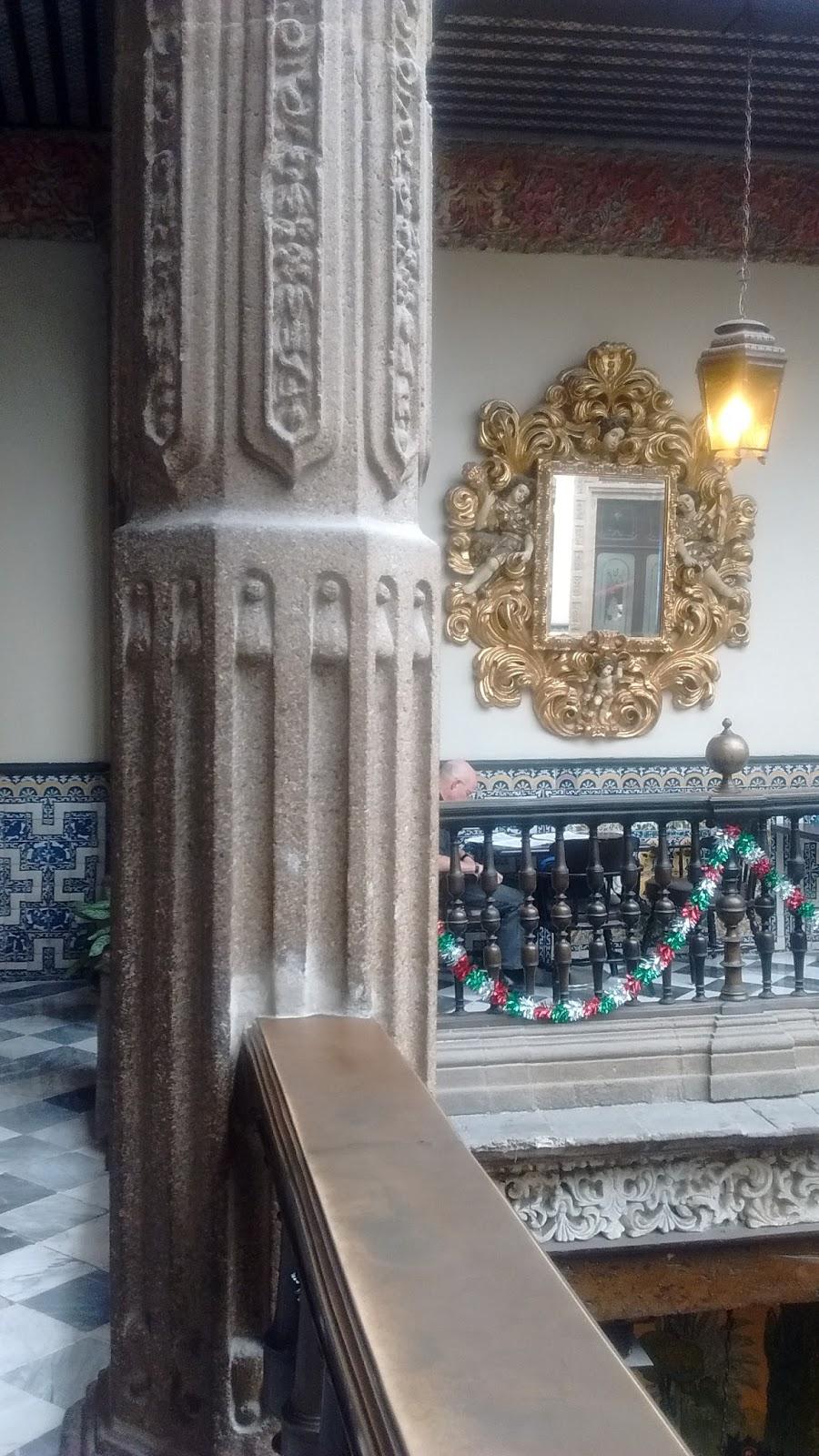 Passeando pela madero e comendo na casa de los azulejos for Sanborns azulejos historia