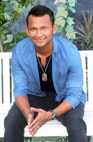 Black - Puisi Sang Dewi MP3