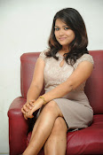 New actress Pooja latest photos-thumbnail-6