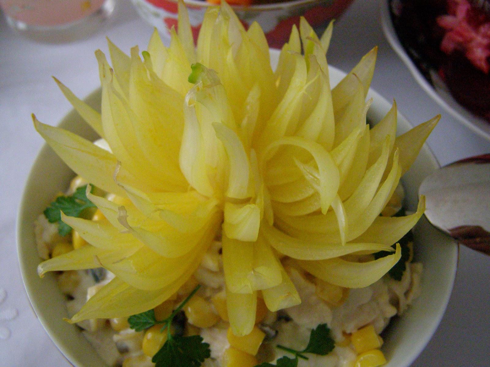 Как сделать хризантему из лука пошаговое фото