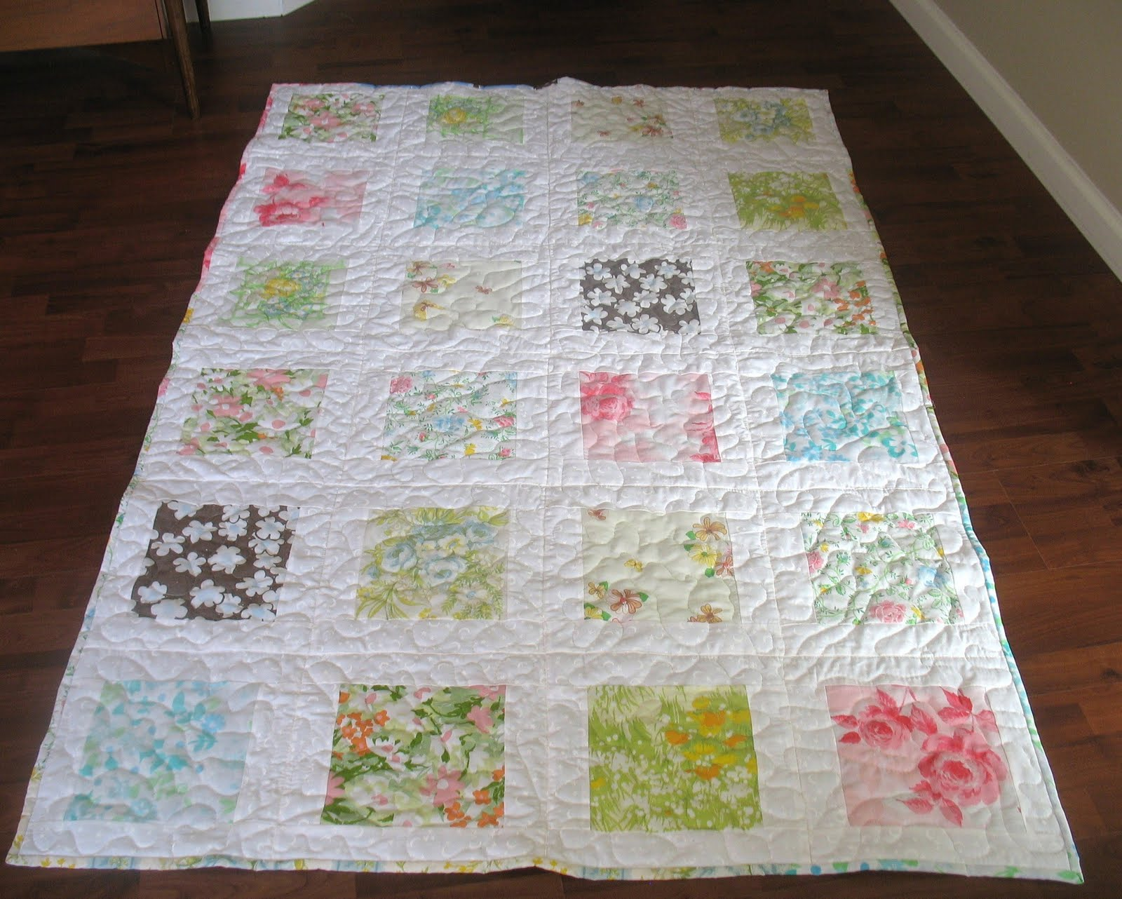Quilt Patterns Pillowcases : Quilt Story: Shabby redo vintage pillowcase tutorial..