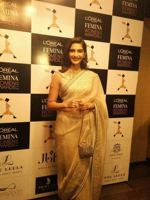 Radiant Sonam Kapoor at Loreal Paris Femina Women Of Worth Awards!