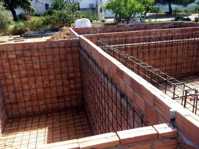 Construcci n de una piscina paso a paso 1 parte el - Construccion piscinas paso paso ...