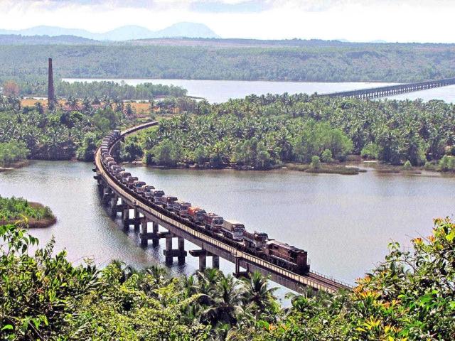 Image result for Konkan Railway (Ratnagiri-Madgaon-Honnavar-Mangalore)