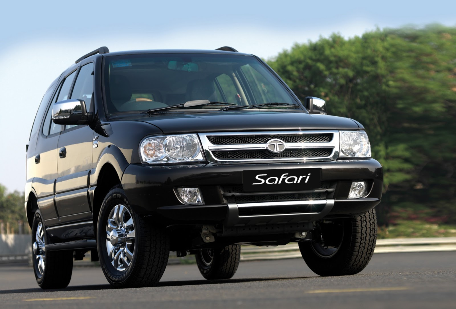 4x4 Bmw X7 >> Top Cars Zone: Tata Safari Black Car Picture