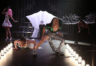 Glee S05E04. A Katy Or A Gaga