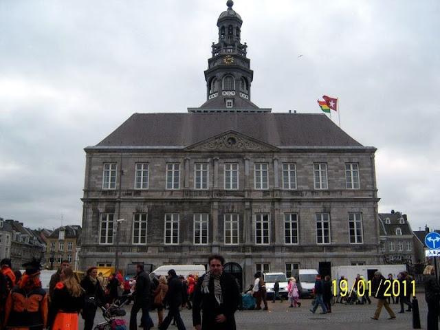 Ayuntamiento de Maastricht, plaza del mercado.