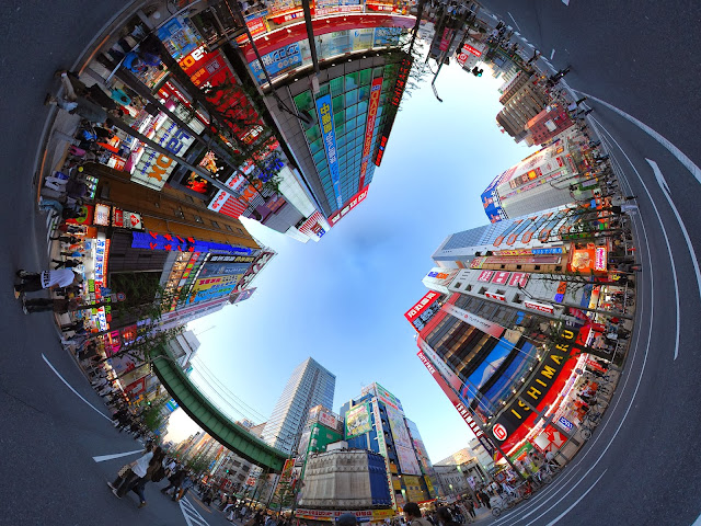 http://1.bp.blogspot.com/-LFAsKQd6o9M/Ut7xbZ3Q8vI/AAAAAAAAArU/ad_HopkoV6I/s1600/Akihabara_Car-free_Zone.jpg