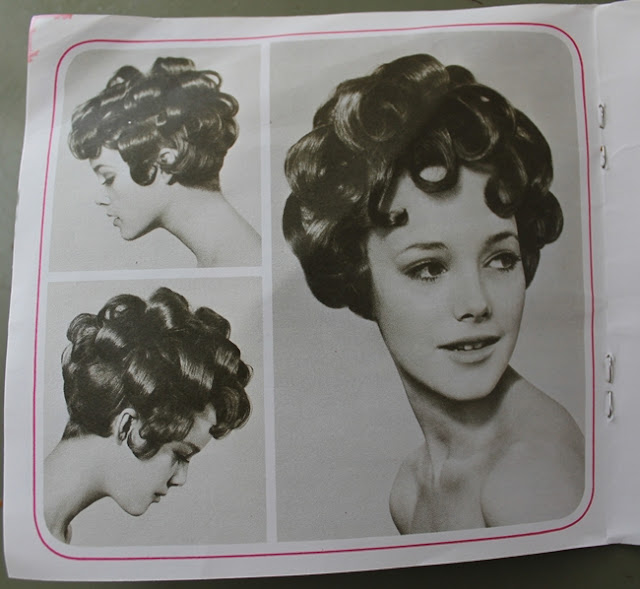 Clara Bow style curly 20s hot roller hair style