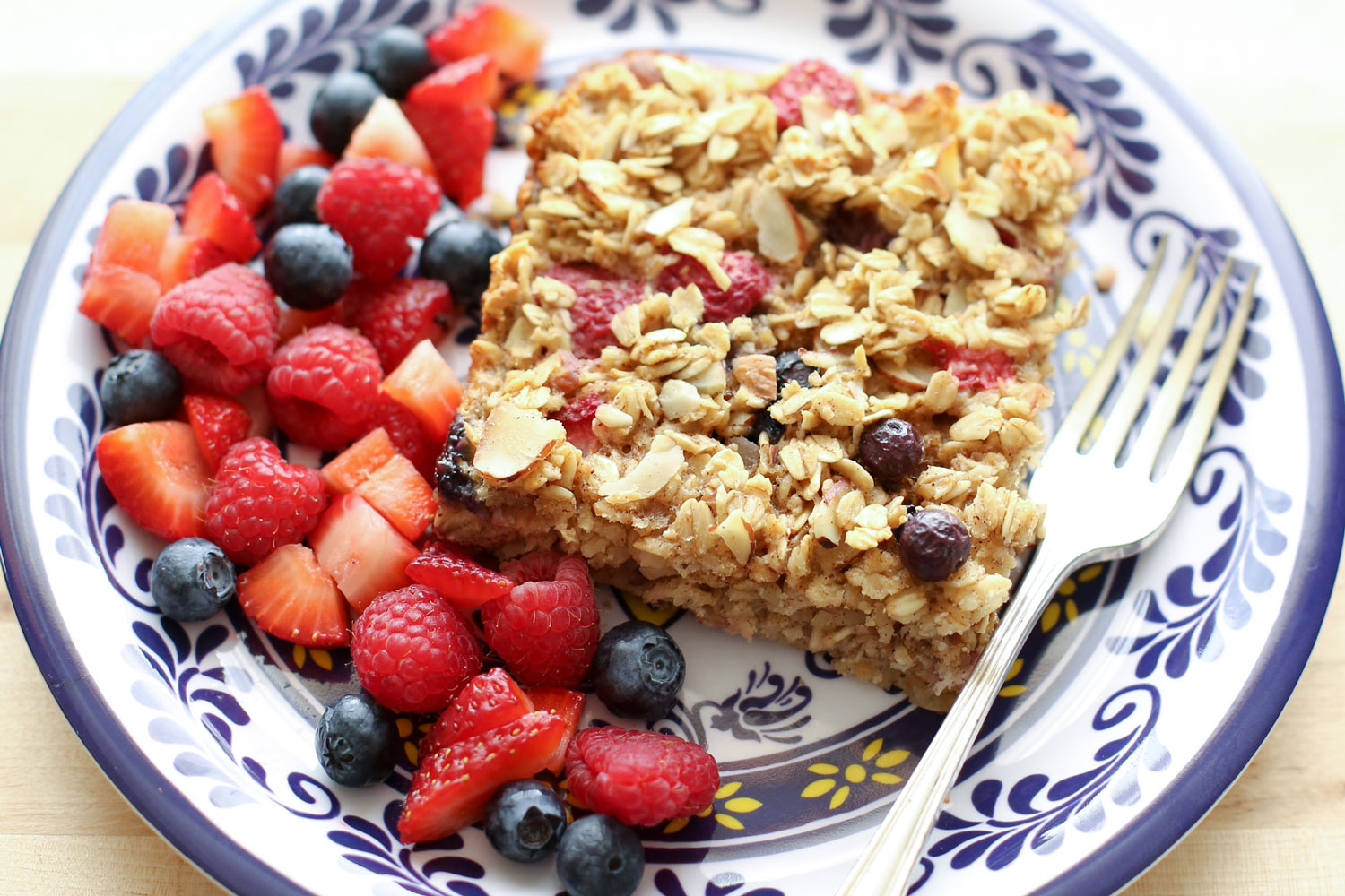 Berry Baked Oatmeal recipe by Barefeet In The Kitchen