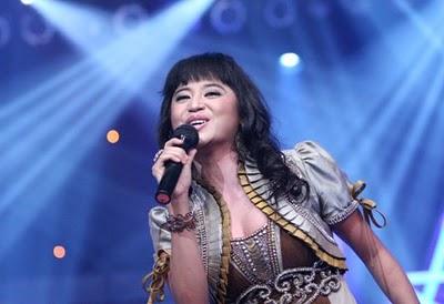 Jenny Cortez on Dewi Persik Is Sexy Dangdut Singer